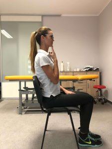 ćwiczenie rozluźniające szyje